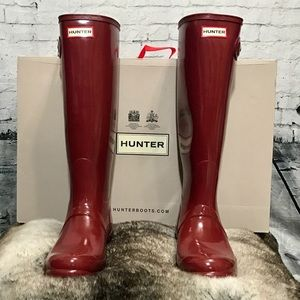 Hunter Original Tall Gloss Lava Red Boots